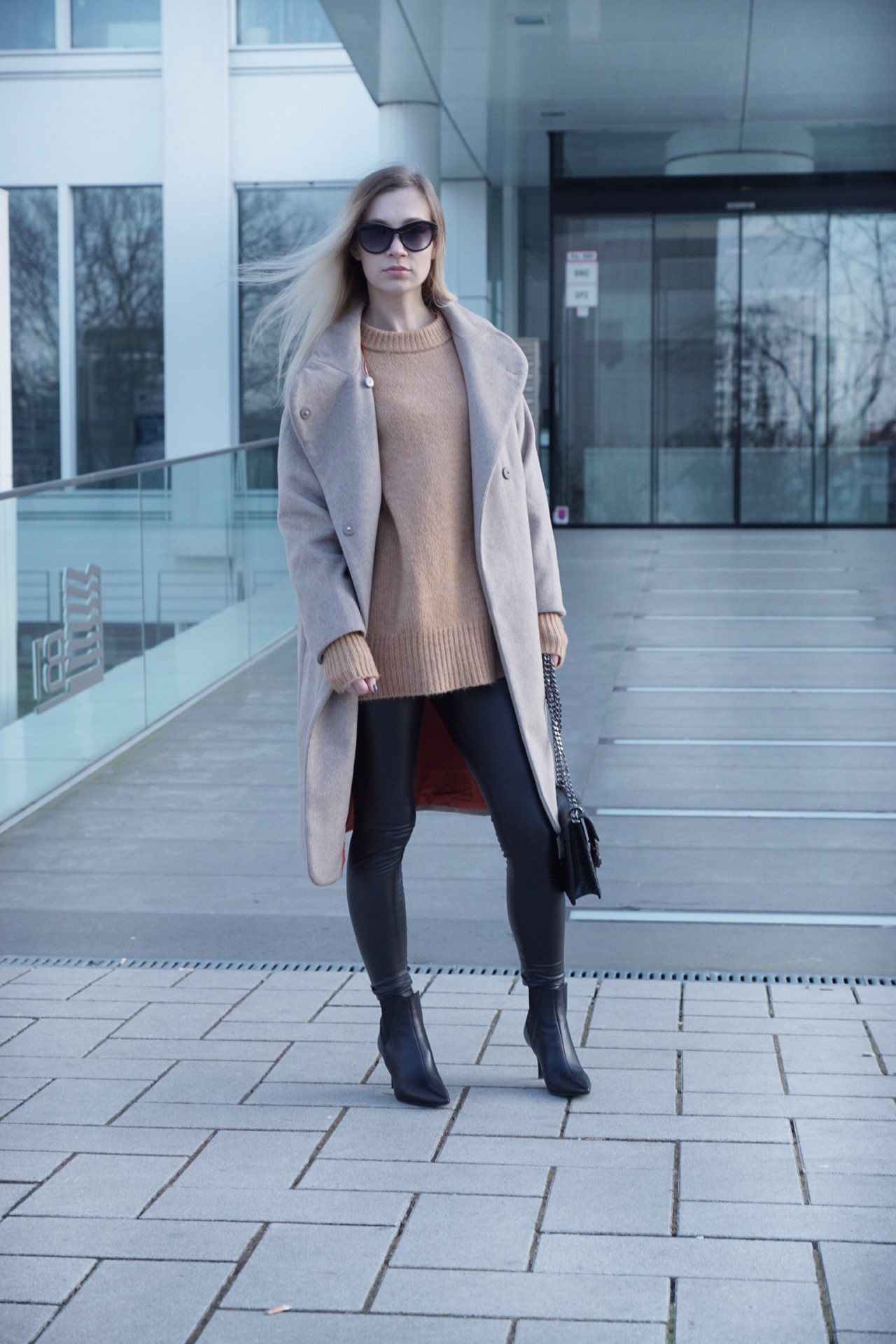 dbkstylez_fashionblog_zara_sockboots_leather_lederleggings